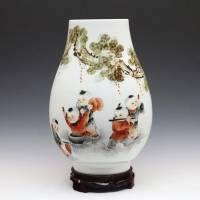 景德镇手绘名人名作艺术花瓶 彭湘龙作品  【童趣】